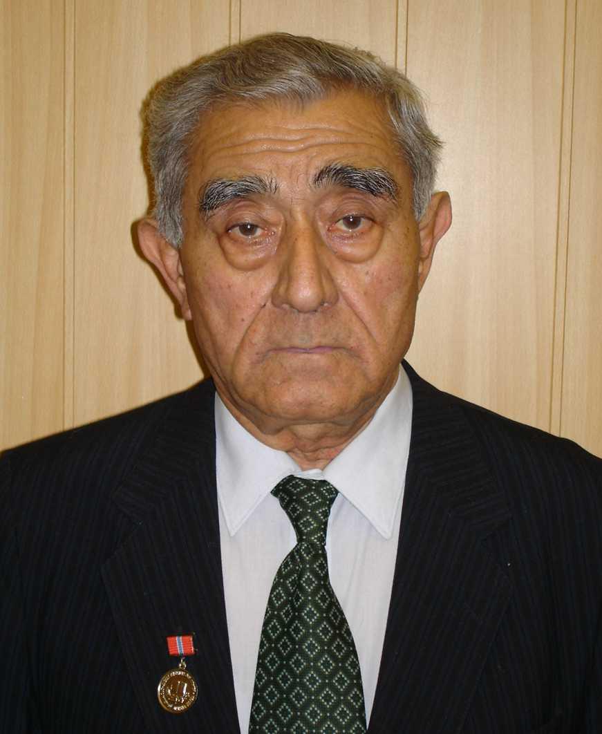 Махкамов Р.Г.